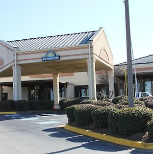 Days Inn By Wyndham Macon I-75 North photos Exterior