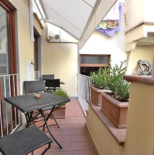 Authentic Florentine Design Apt With Terrace photos Exterior