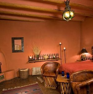 Adobe And Pines Inn Bed And Breakfast photos Room