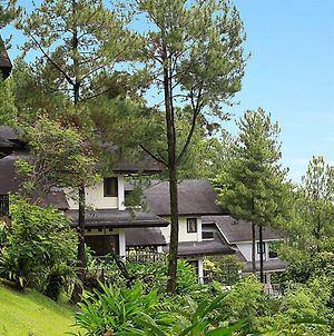 Gunung Geulis Cottages Managed By Royal Tulip photos Exterior