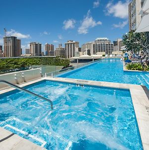 Real Select Vacations At The Ritz-Carlton Residences, Waikiki Beach photos Exterior