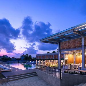 Eastin Ashta Resort Canggu photos Exterior