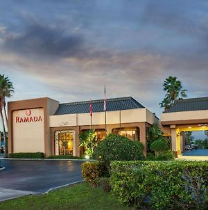 Ramada By Wyndham Orlando Florida Mall photos Exterior