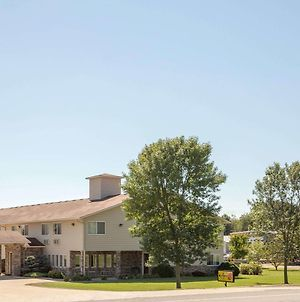 Super 8 By Wyndham Cresco Ia photos Exterior