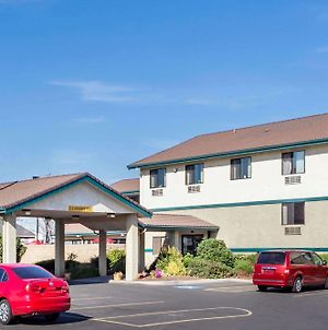 Super 8 By Wyndham Union Gap Yakima Area photos Exterior