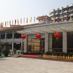 Overseas Chinese Hotel photos Exterior