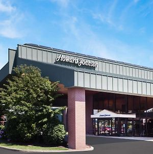 Howard Johnson By Wyndham Evansville East photos Exterior