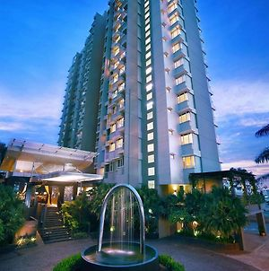 Aston Balikpapan Hotel And Residence photos Exterior