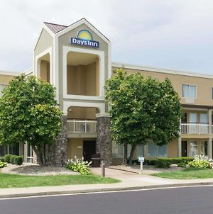Days Inn By Wyndham Florence Cincinnati Area photos Exterior