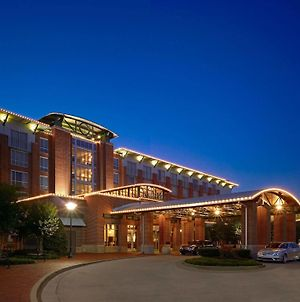 The Chattanoogan Hotel, Curio Collection By Hilton photos Exterior