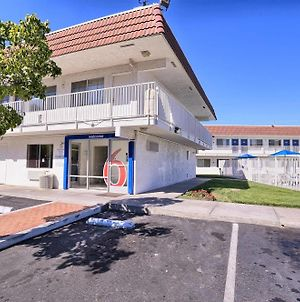 Motel 6 Pittsburg photos Exterior