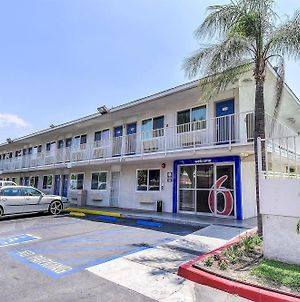 Motel 6 Fontana photos Exterior