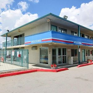 Motel 6 Gallup photos Exterior