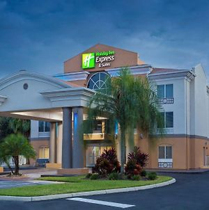 Holiday Inn Express & Suites Tavares photos Exterior