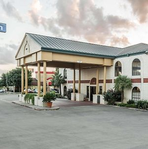 Days Inn By Wyndham New Braunfels photos Exterior
