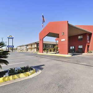 Days Inn By Wyndham San Antonio/Near Lackland Afb photos Exterior