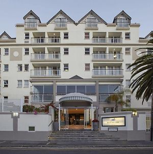 Bantry Bay Suite Hotel photos Exterior