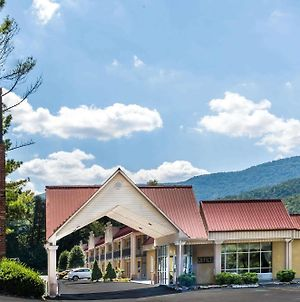 Super 8 By Wyndham Caryville Tn photos Exterior
