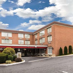 Ramada By Wyndham Ligonier photos Exterior