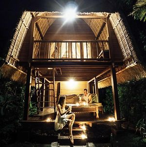 Sukanusa Luxury Huts photos Exterior