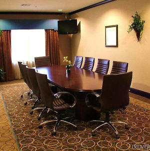 Springhill Suites By Marriott Waco Woodway photos Business