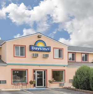 Days Inn By Wyndham Custer photos Exterior