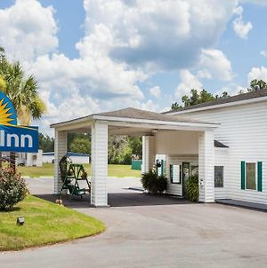 Days Inn By Wyndham Hampton photos Exterior