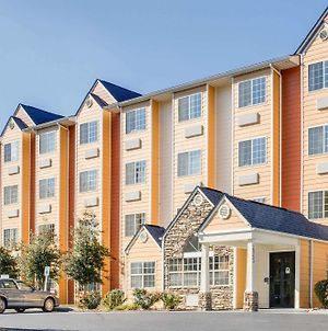 Microtel Inn & Suites By Wyndham Pigeon Forge photos Exterior