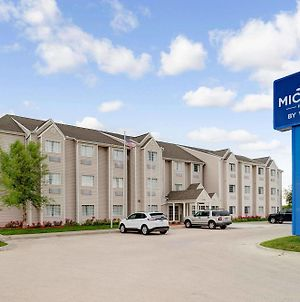 Microtel Inn & Suites By Wyndham Bellevue photos Exterior