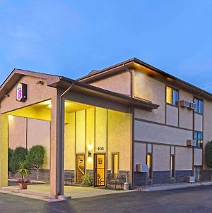 Super 8 By Wyndham Cos/Hwy. 24 E/Pafb Area photos Exterior