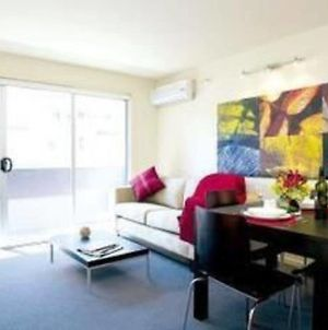 Plum Collins Street Serviced Apartments photos Room