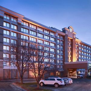 Doubletree By Hilton Norwalk photos Exterior