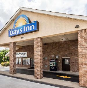 Days Inn By Wyndham Nashville N Opryland photos Exterior