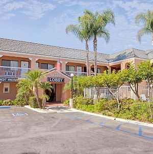 Days Inn By Wyndham Whittier Los Angeles photos Exterior