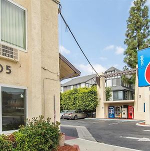 Motel 6 Anaheim photos Exterior