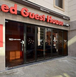 Red Guesthouse photos Exterior