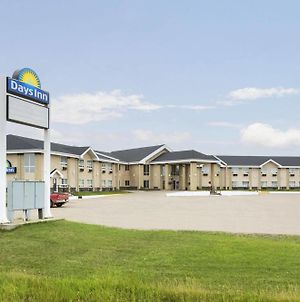 Days Inn By Wyndham High Prairie photos Exterior