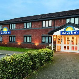 Days Inn By Wyndham Michaelwood M5 photos Exterior