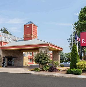 Ramada By Wyndham Portland photos Exterior