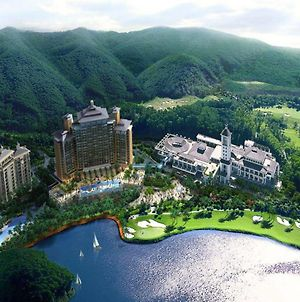Mission Hills Resort Dongguan photos Exterior