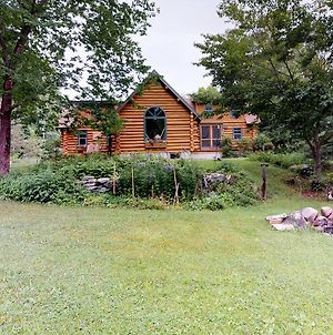 Authentic Maine Log Cabin photos Exterior