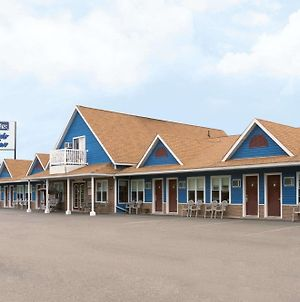 Travelodge By Wyndham Fredericton photos Exterior