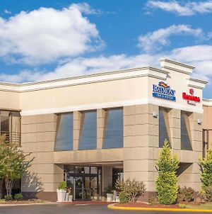 Ramada Plaza By Wyndham Fayetteville Fort Bragg Area photos Exterior