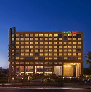 Courtyard By Marriott Ahmedabad photos Exterior
