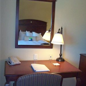 Hampton Inn Gallipolis photos Room
