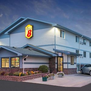 Super 8 By Wyndham Pierre Sd photos Exterior