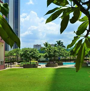 Rentnow Bistari Serviced Apartment photos Exterior