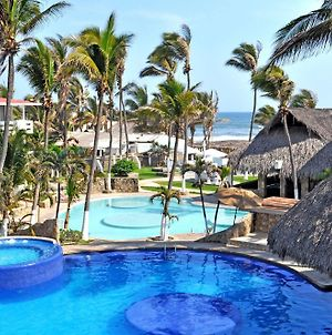 Canadian Resorts Acapulco photos Exterior