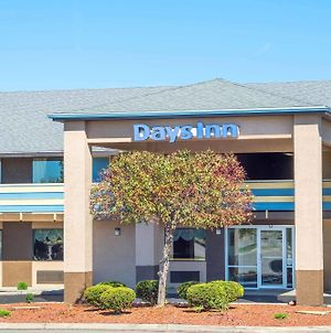 Days Inn By Wyndham Dayton Huber Heights Northeast photos Exterior