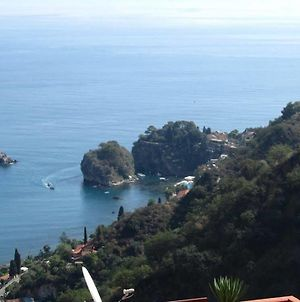 Apartment With One Bedroom In Taormina With Wonderful Sea View Furnished Terrace And Wifi 10 Km From The Beach photos Exterior